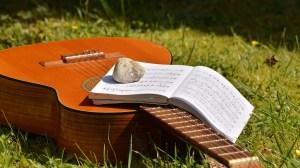 5 Actividades sanas - Tocar musica