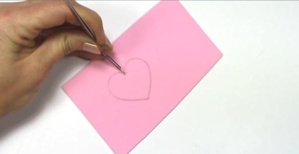 regalos que puedes hacer en casa collares artificiales silicona mano