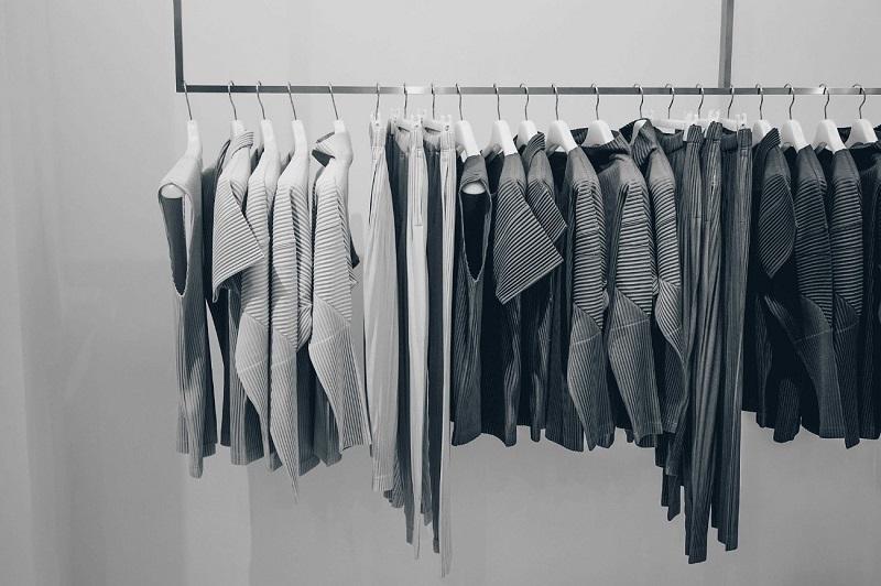 perchas para ropa organizar pantalones ropa