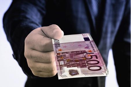 Cómo conseguir un crédito online: requisitos para una liquidez inmediata