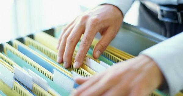 organiza tu papeleo facturas oficina hogar casa cuentas factura orden