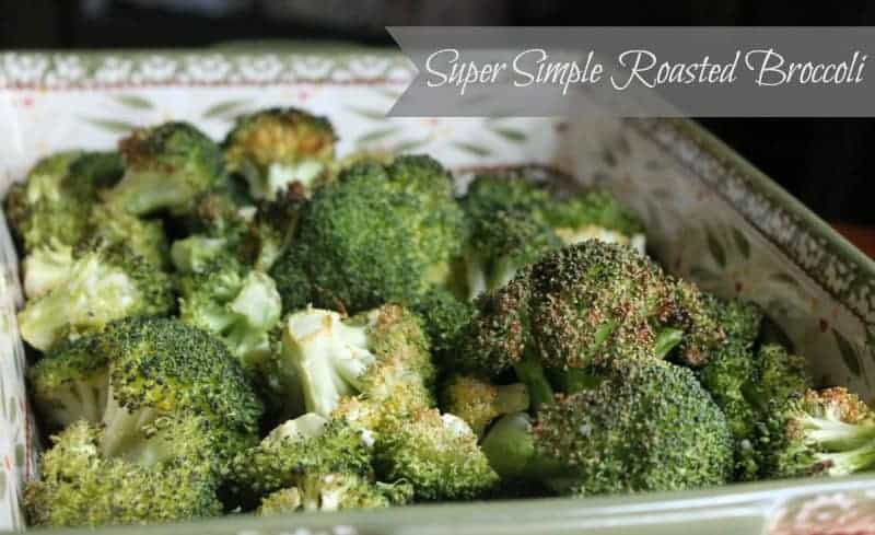 Super simple roasted broccoli recipe. My absolute favorite way to eat broccoli. Even my kids love it cooked this way!