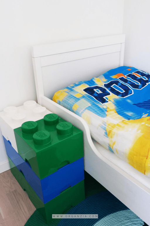 Bed and storage bricks