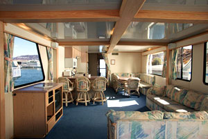 houseboat on the California delta