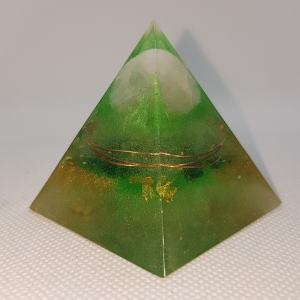 Fresh Starting Orgone Orgonite Pyramid 5cm - Rose Quartz in a warm copper embrace, with 24 Carat Gold and Herkimer Diamonds