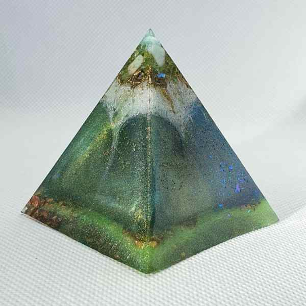 Blue Volcanic Ice Orgone Orgonite Pyramid 6cm - Radiating with a Peridot, Amazonite, Herkimer Diamonds, Brass and Copper Protection, Focus and Energy!