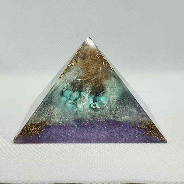 Age of Aquarius II Orgonite Pyramid Mini Giza 7.5cm 1