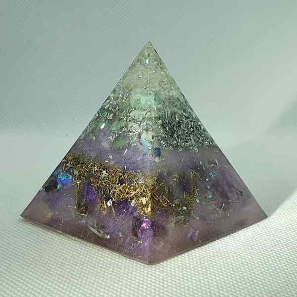 FREEDOM Orgone Orgonite Pyramid 6cm