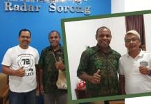 Kabid Humas Polda Papua Barat, AKBP Mathias Y Krey, S.Pd bersama pimpinan harian Radar Sorong, Akhmad Murtadho (kiri) dan Kanan pimpinan Papua Barat Pos, Erick Sibarani.