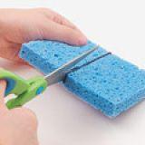 Manualidades-para-hacer-con-niños-Casa-con-esponjas 2