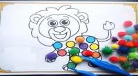 Trabajamos la atención visual con pompones de colores de una forma divertida rellenado el cuerpo de unos divertidos animalitos.