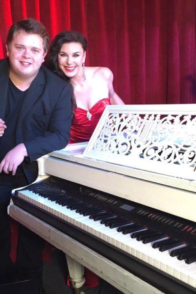 Rodrigo con Patricia Llaca