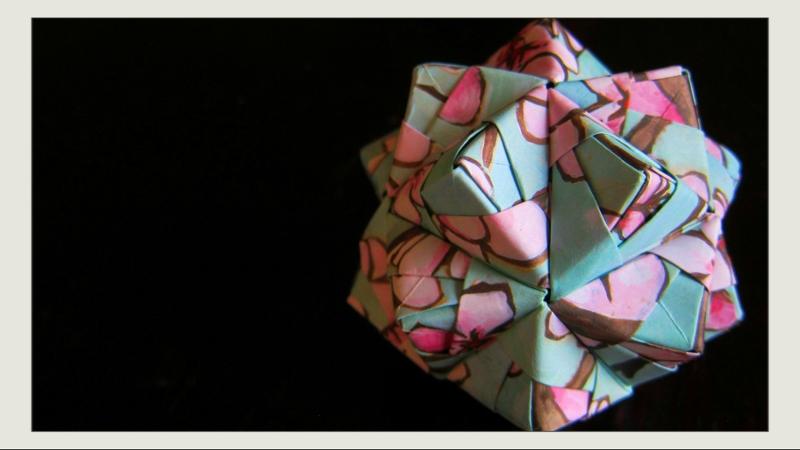 Origami Ball - Icosahedron - 30 Sonobe Units