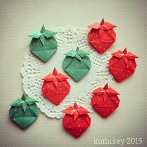 Origami Strawberry by kami_key via Instagram Origami OrigamiTree.com