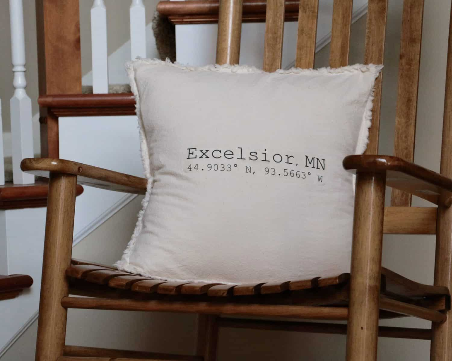 Coordinate Throw Pillow Originally Lovely ~ How To Coordinate Throw Pillows For Sofa And Chairs