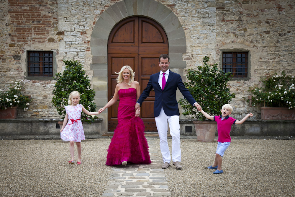 anniversary tuscan ceremony with children
