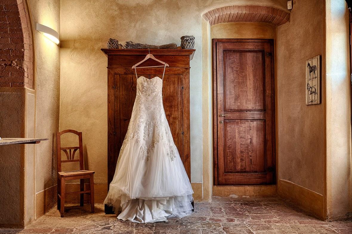 wedding dresses tuscany wedding