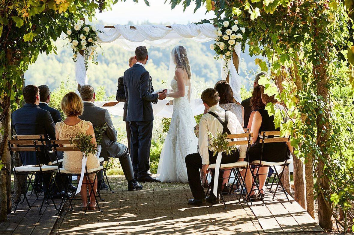 wedding overlooking tuscan hills