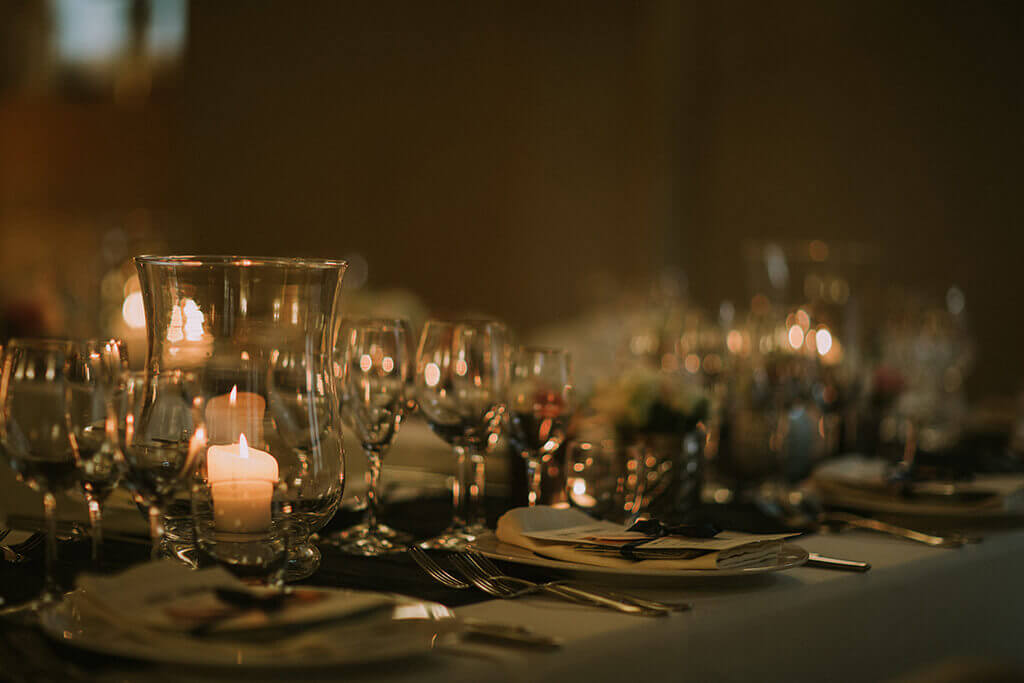 tuscan wedding table settings