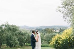 Vicky & Garet intimate wedding