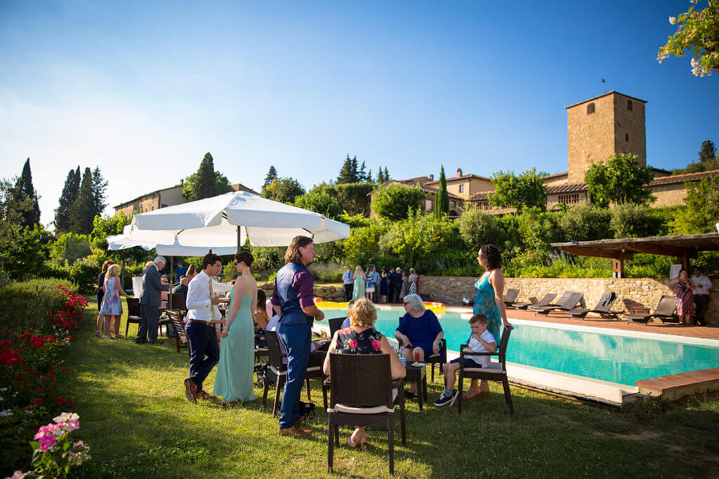 The newlyweds and guests enjoy the aperitif