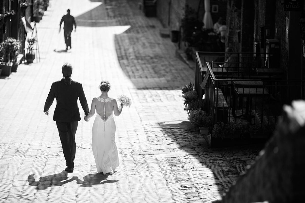 civil wedding in Tuscany