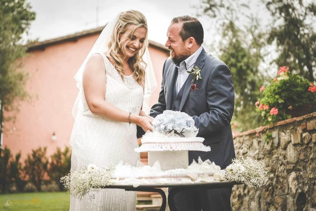 intamate May wedding in Italy