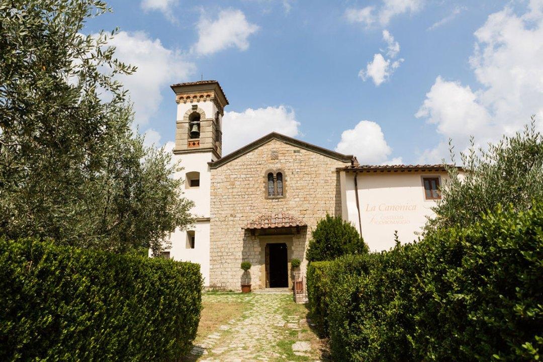Civil wedding in Castello Vicchiomaggio