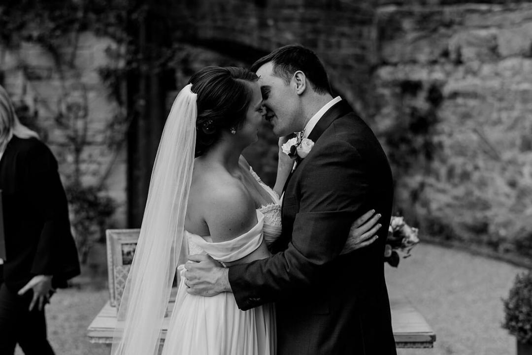 Allison & Michael elope in Tuscany for their wedding