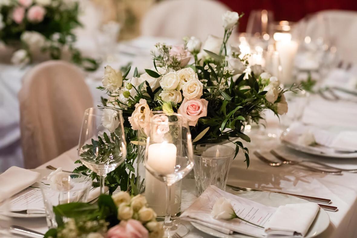 wedding in a typical restaurant in Certaldo