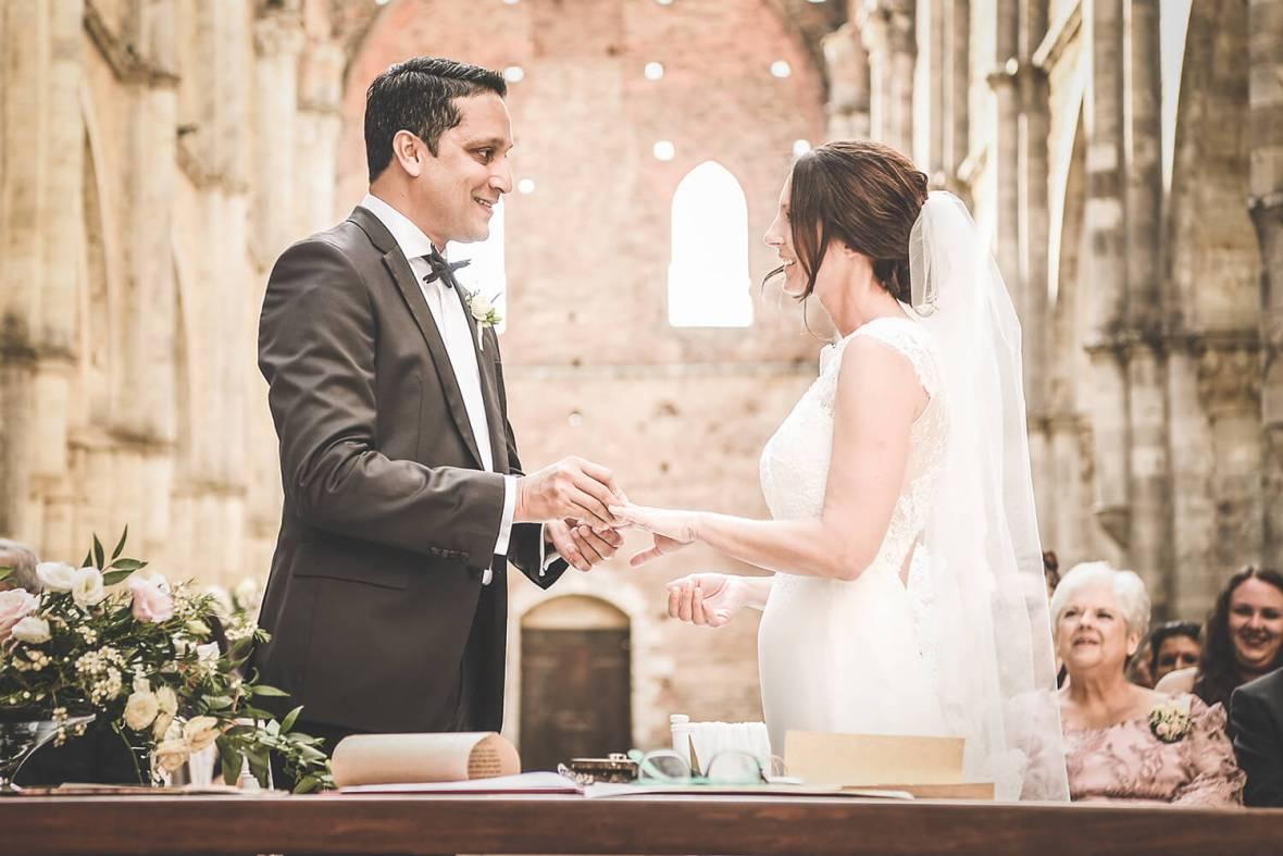Church civil wedding in Tuscany