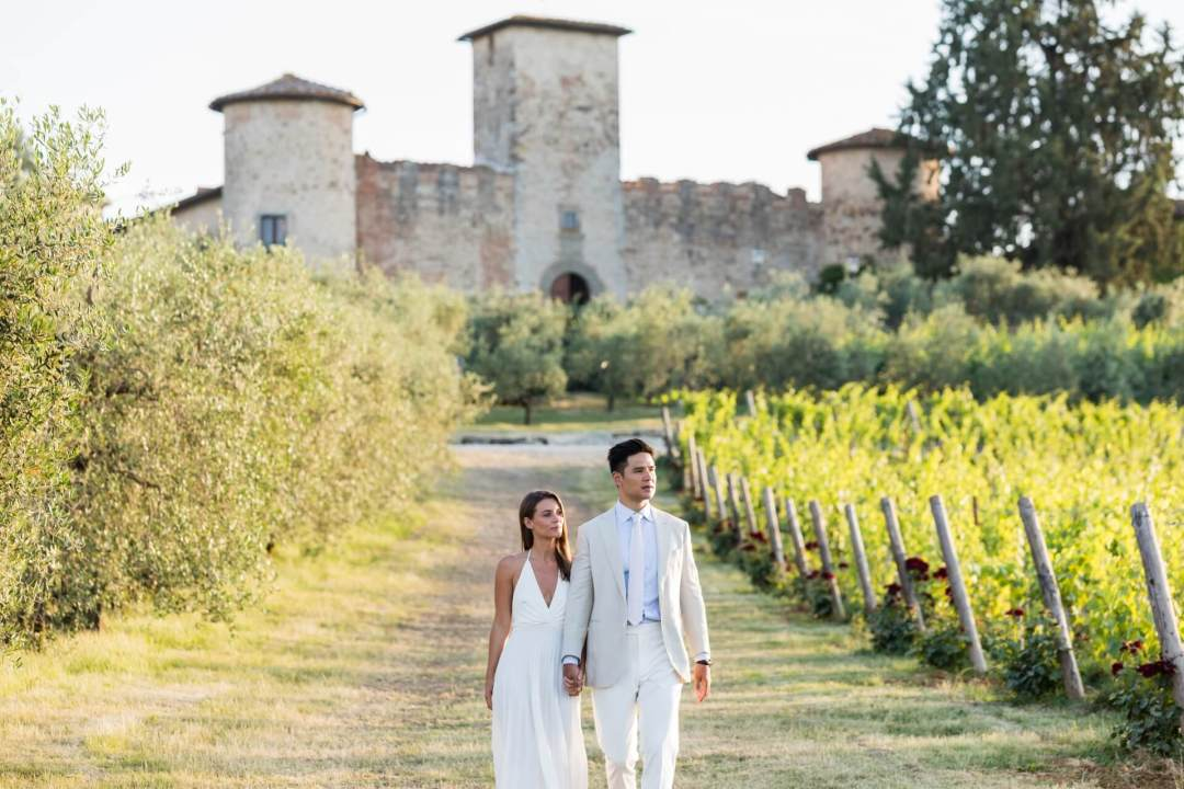 wedding among Chianti vineyards