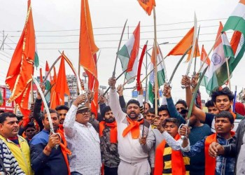 Over 200 Hindu Sena activists Saturday marched towards many places in Gurgaon, including Palam Vihar, Badshahpur and Om Vihar, and forcibly shut 250 meat shops, he said. (Representative image)