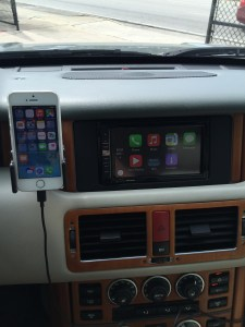 Apple Car Play on the AVIC-5100NEX installed in a 2004 Range Rover HSE.