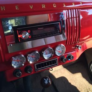 custom dash radio unit