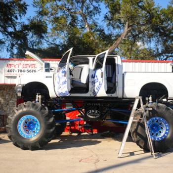 Monster truck ladder