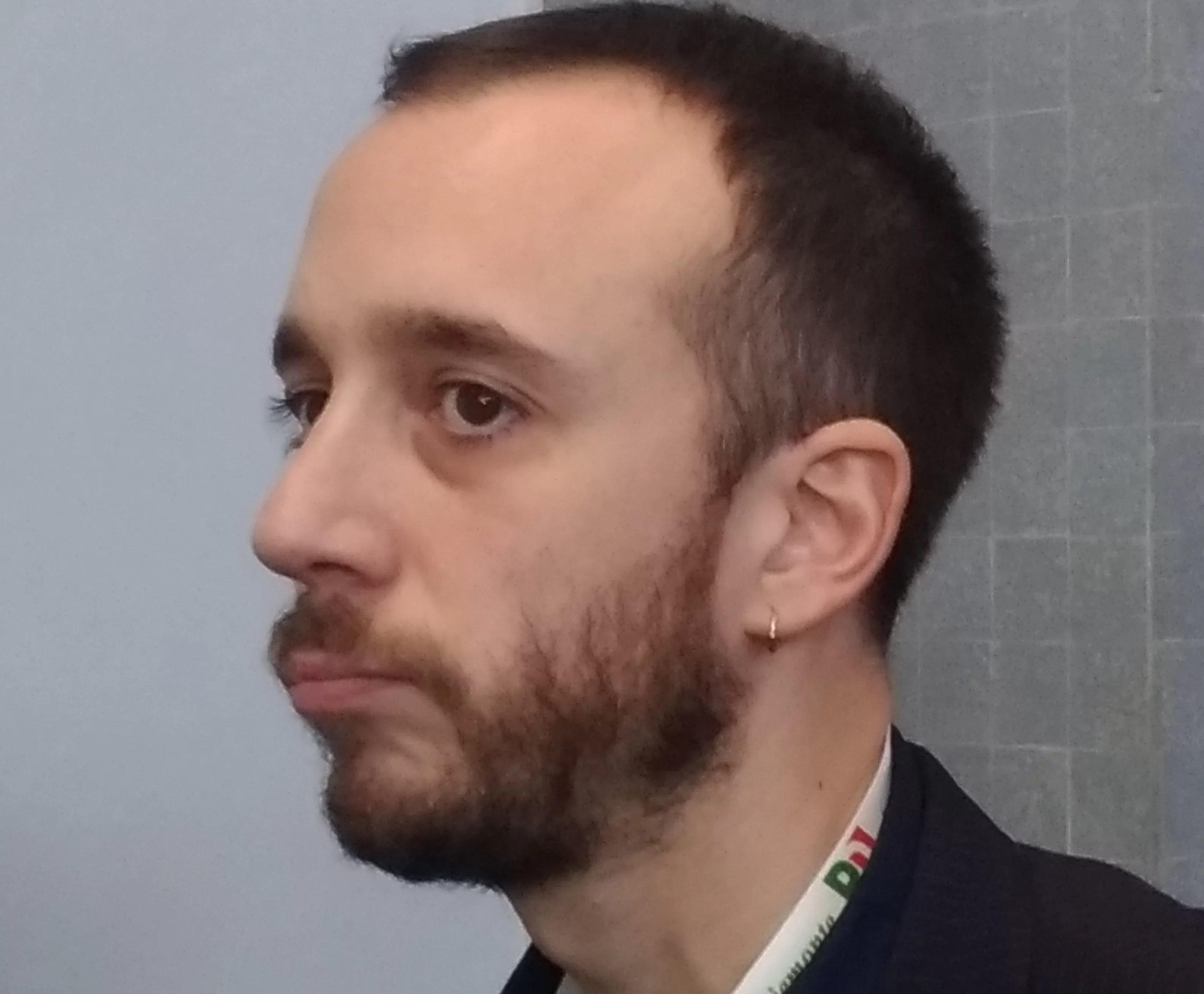 Paolo Furia, il segretario con l'orecchino