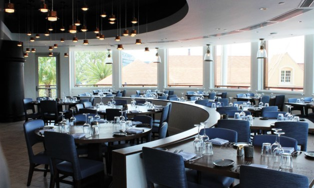 Feast on Fresh Seafood at Paddlefish