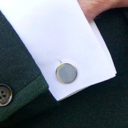 Round plain silver cufflink engrave to personalise