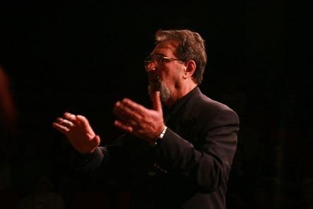 Виктор Либерский - композитор, профессиональный аранжировщик, руководитель хора