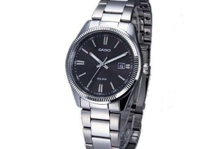 Orologio Casio MTP-1302D-1A1VEF: il classico per un uomo