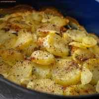 Rakott krumpli spenóttal és lazaccal