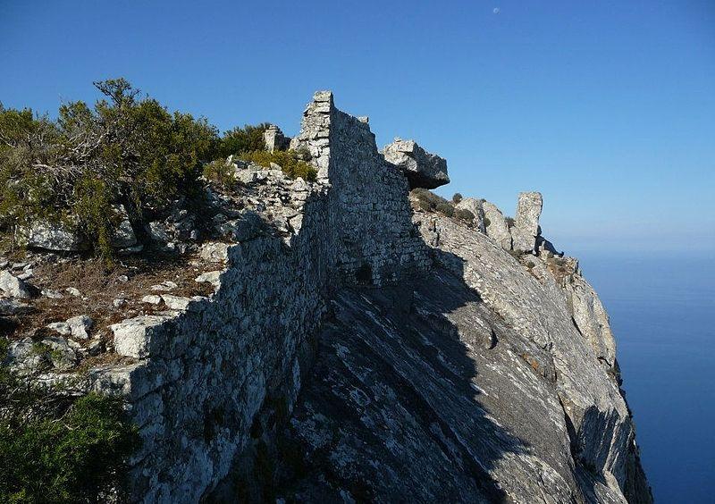 Fortezza isola di Montecristo