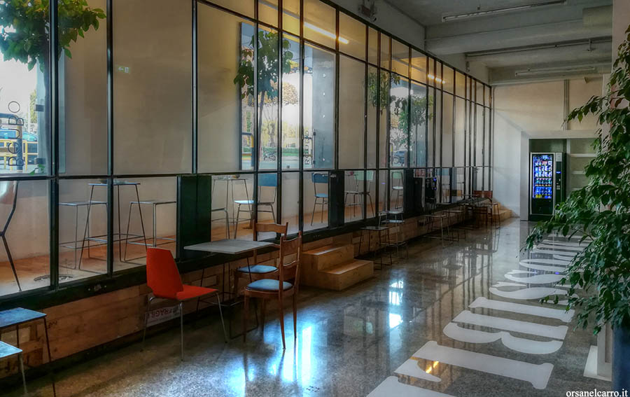 BenBo Capsule Hotel