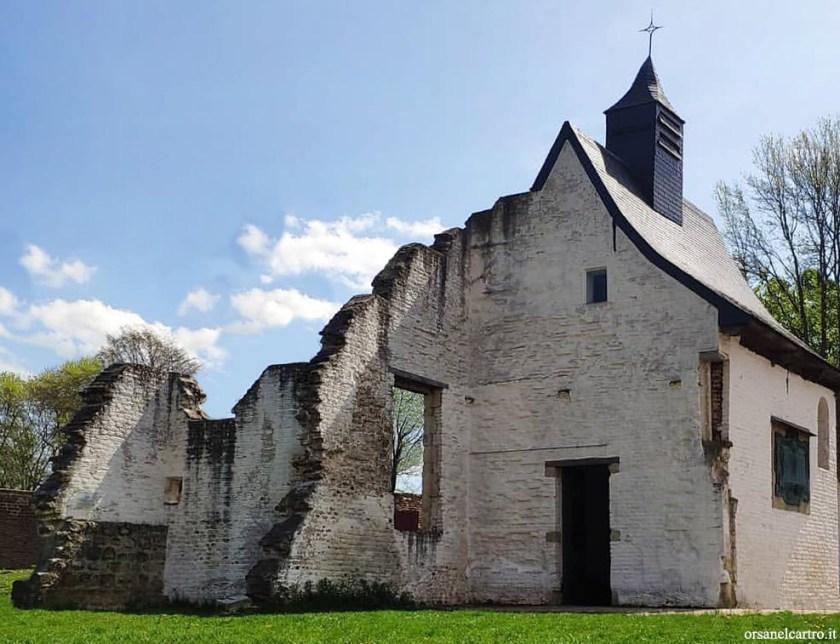 Hougoumont farm