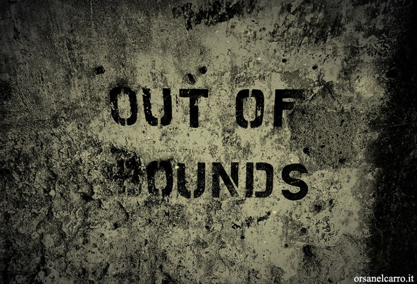 Out of bounds scritta Alleati Salerno