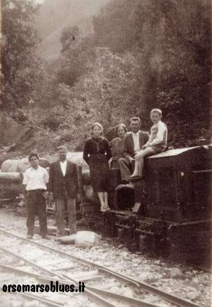 ORSOMARSO - Trenino della ditta Argentino che trasportava tronchi da Canale Tufo alla Segheria tra glia anni '40 e '50