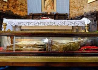 ιερό λείψανο της Αγίας Ελένης