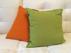 pillows-655245_640