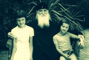 Justin Popovich with children-small